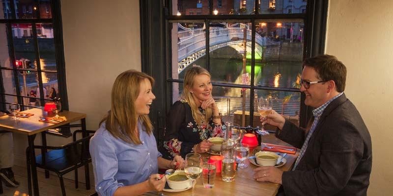 Comer y beber en Dublín